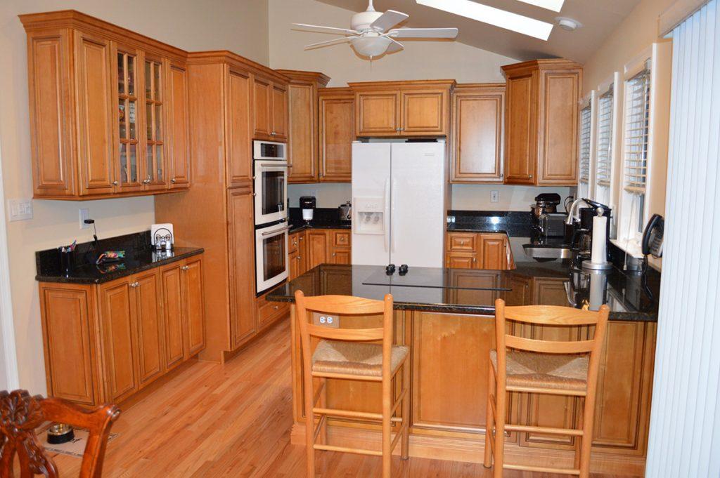 Crystal Maple kitchen